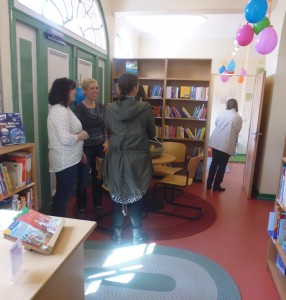 Ein erster Blick in die Bücherei